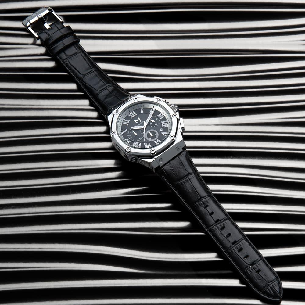 Polished Silber – Leder